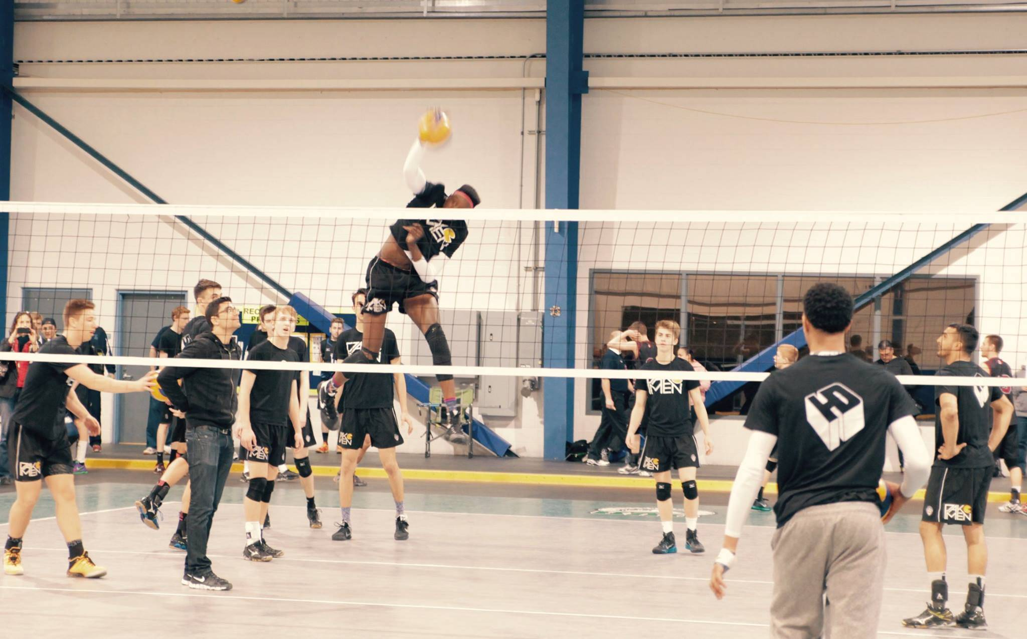 Jump Training for Volleyball Players | Pakmen Volleyball